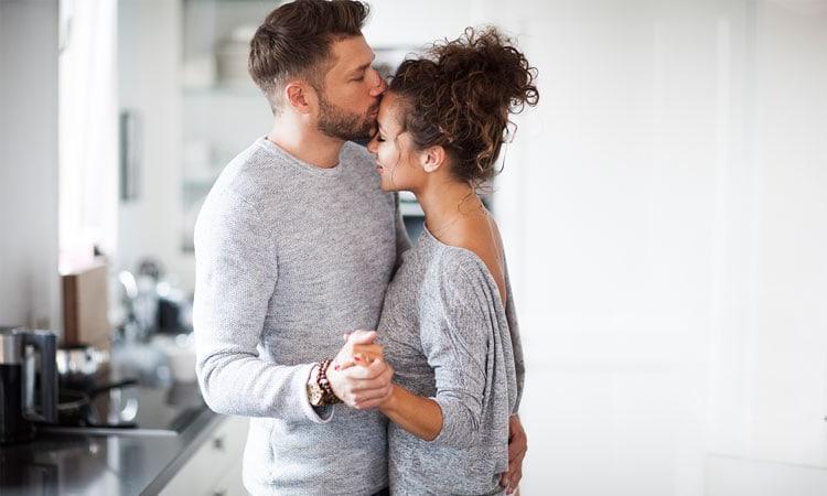 Verloben und heiraten: 8 Zeichen, dass ihr bereit seid