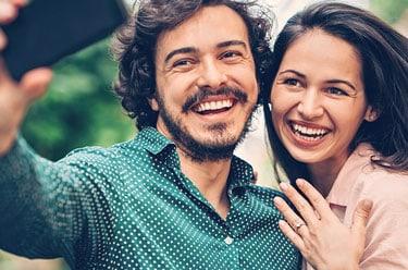 Wer erfährt von der Verlobung