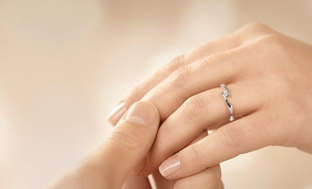 Verlobungsringe silber  Günstige Verlobungsringe Silber 925/- mit Diamant ab 139 €