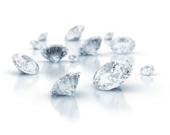 Diamanten – ein Muss für handgefertigte Diamant-Verlobungsringe